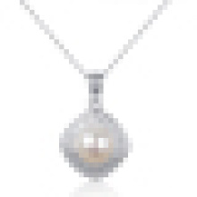 Women′s 925 Sterling Silver Inlaid High-Grade Pearl Necklace Pendant with Chain
