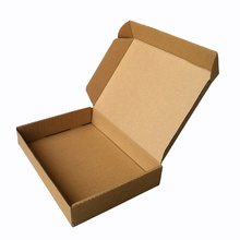 Boîte adaptée aux besoins du client d'emballage de papier ondulé pour des vêtements