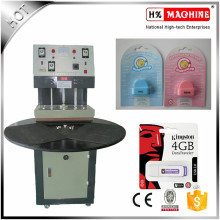 Tipo Thermo da plataforma giratória da máquina de embalagem da bolha / máquina Thermo da selagem do cartão de papel do PVC para o hardware, brinquedos