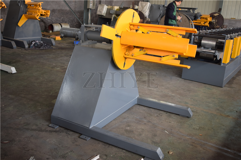 Hydraulic Galvanised Manual Ridge Cap Machine