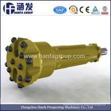 Abajo los agujeros de perforación utilizados para martillo DTH