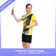 2017 mais novos uniformes badminton mulheres na moda