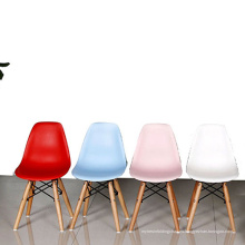 Comedor Piernas de Madera Plastic Shell Chair