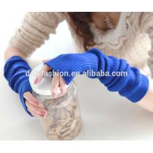 Novo design cor pura knitted comprimento do cotovelo inverno sem dedos 100% luvas de caxemira
