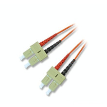 Cable de remiendo de fibra óptica impermeable de fibra óptica, cable de remiendo de fibra cableado puente de mpo