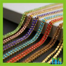 Bandas de diamantes de imitación de la cadena de la taza Chaton chino