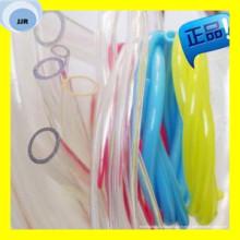 Bunter transparenter PVC-Wasserschlauch in den verschiedenen Größen