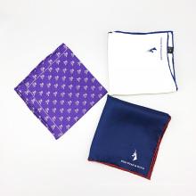 Punto de bolsillo de encargo del logotipo de la esquina del bordado de la impresión de seda para hombre