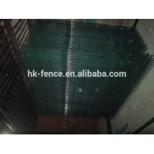 RAL6005 зеленый покрынный PVC гальванизированный высокий уровень безопасности заборная сварная панель с V-складывания или топ-роллы