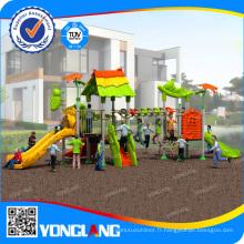 Aire de jeux utilisée dans l'école et le parc