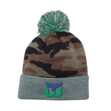 Top-Qualität Mode Camo Winter strickte Beanie Hut mit Logo