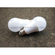 Lâmpada personalizada do bulbo 9W E27 do diodo emissor de luz do preço de fábrica do serviço do logotipo