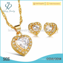 Boucles d'oreilles en or diamant, pendentif en laiton