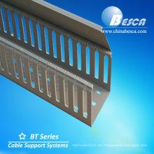 Fabricante de trunking de cable de PVC ranurado blanco / gris (UL, cUL, SGS, IEC, CE)