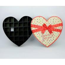Caja de papel de chocolate de forma de corazón con divisor de papel