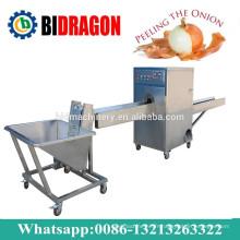 Machine de traitement d'oignons pour éplucher et découpage