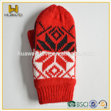 Wholesale cheap acrylic winter baby knitted gloves mittens