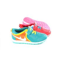 Zapatos deportivos de estilo nuevo para niños / niños (SNC-58015)