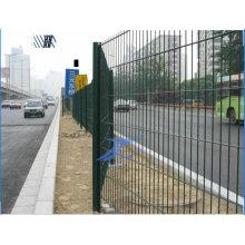 Cerca de alambre doble revestida del PVC con precio bajo