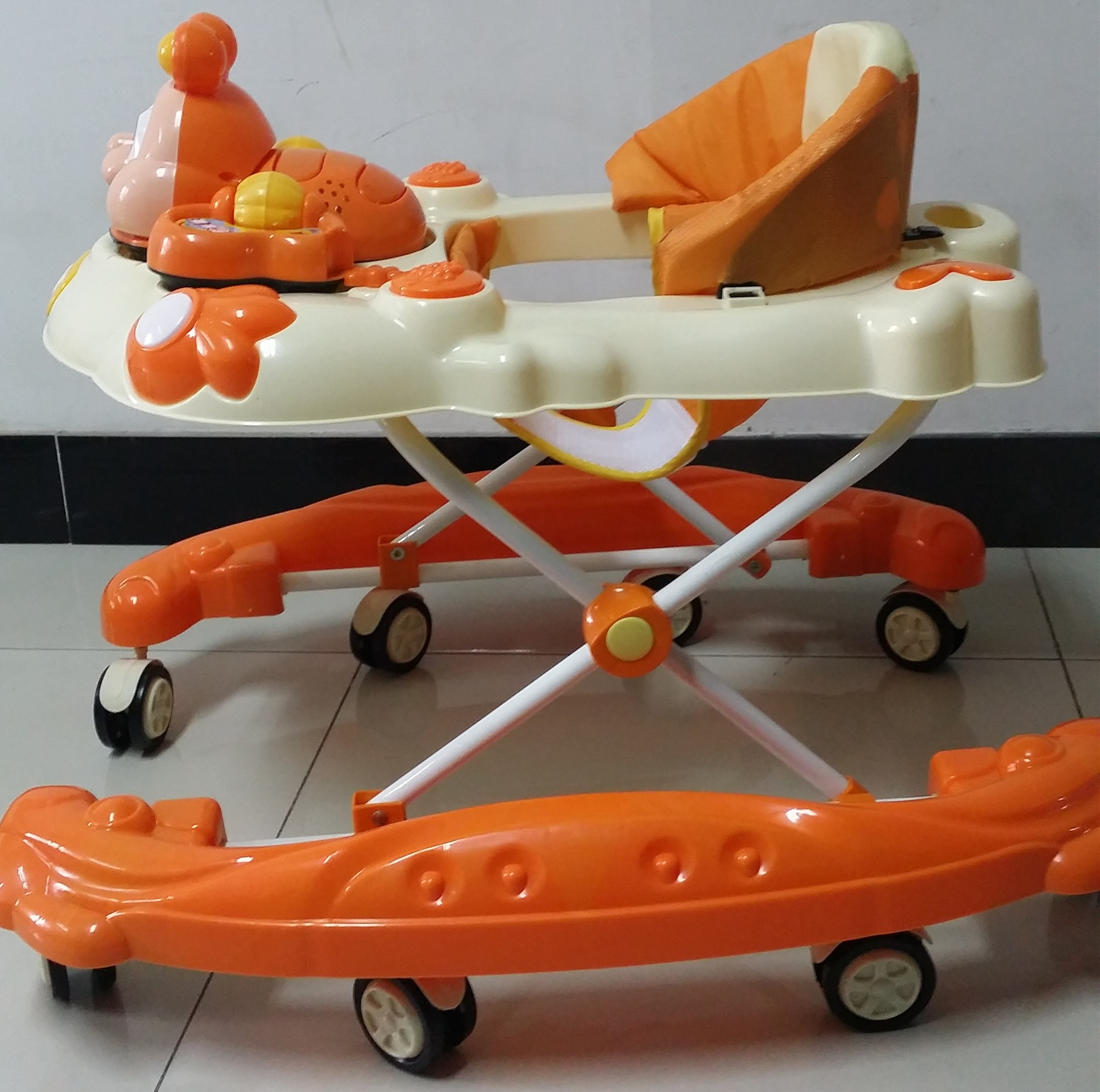 Safety baby walker