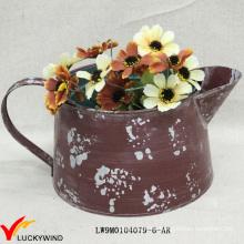 Pequeño de color rústico pintado a mano pote de flores de metal pintado
