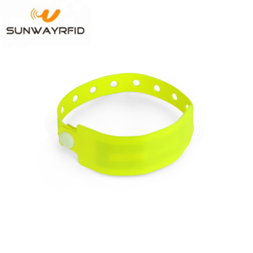 13.56mhz Custom Chip RFID PVC Disposable Wristbands