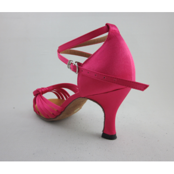 Chaussures latines roses pour filles