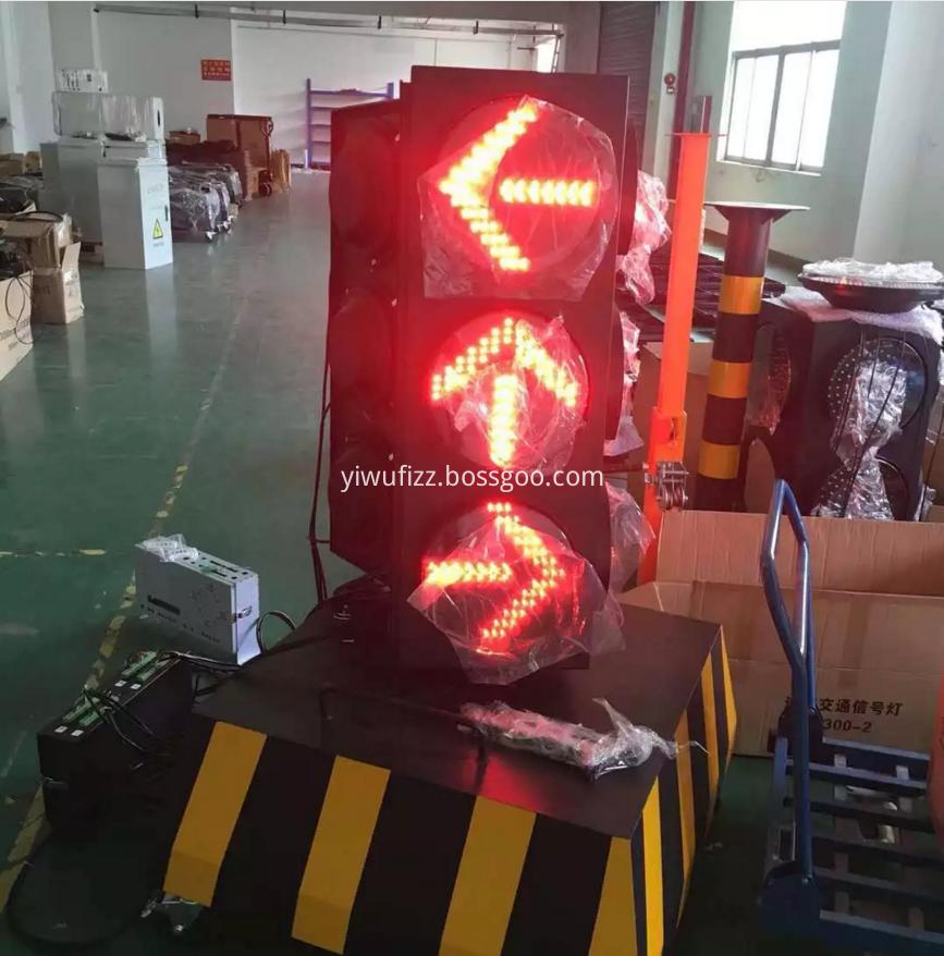 Remote Control of Solar Traffic Lights