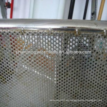 Placa de metal perforada