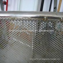 Placa de metal perfurada
