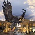 La principale manufacture de bronze produit la grande sculpture d'aigle en bronze pour l'aménagement paysager