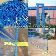 Panneaux de clôture temporaires de couleur bleue 6 pi x 9 pi pour la propriété privée