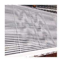 Hot galvanized durable triangular steel floor for pig farrowing crates