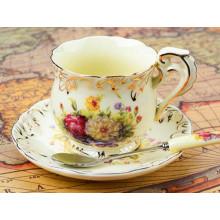 Tasse de café en céramique de coupe élégante en porcelaine