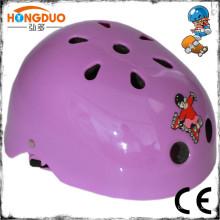 Casque de casque de patinage artisanal comme vous l'avez vu à la télé