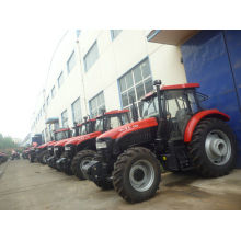 Agriculture 4hd 4x4 Transportation Four Wheel Tractor , Farmland Diesel Tractors 130hp