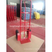La carretilla de mano tiene dos ruedas neumáticas utilizadas para el almacenamiento