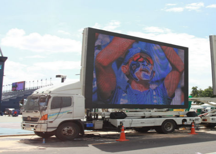 SMD3535 Mobile LED Screen Truck Mounted LED Display