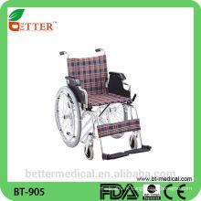 Fauteuil roulant pliable en fauteuil roulant léger à vendre