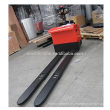 transpaleta eléctrica con una longitud de horquilla de 2600 mm