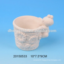 Ceramic DIY flower pot with frog figurine