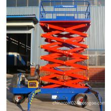 Self-propelled hydraulic lift platform