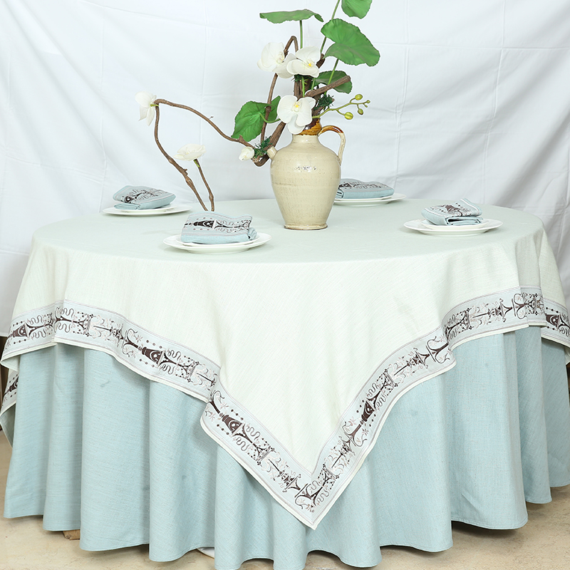 tablecloth blue