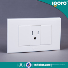 International Wall Socket para el mercado de Perú