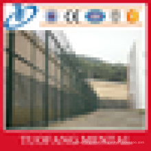 high quality airport welded wire mesh fence, warehouse fence, highway fence