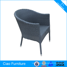 Chaise en osier extérieure empilable ronde de rotin