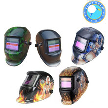 Auto darking welding helmet with air filter