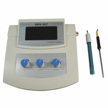 Laboratory Water Conductivity Meter