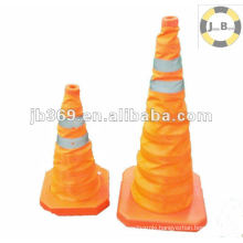 Collapsible traffic cone for road safety