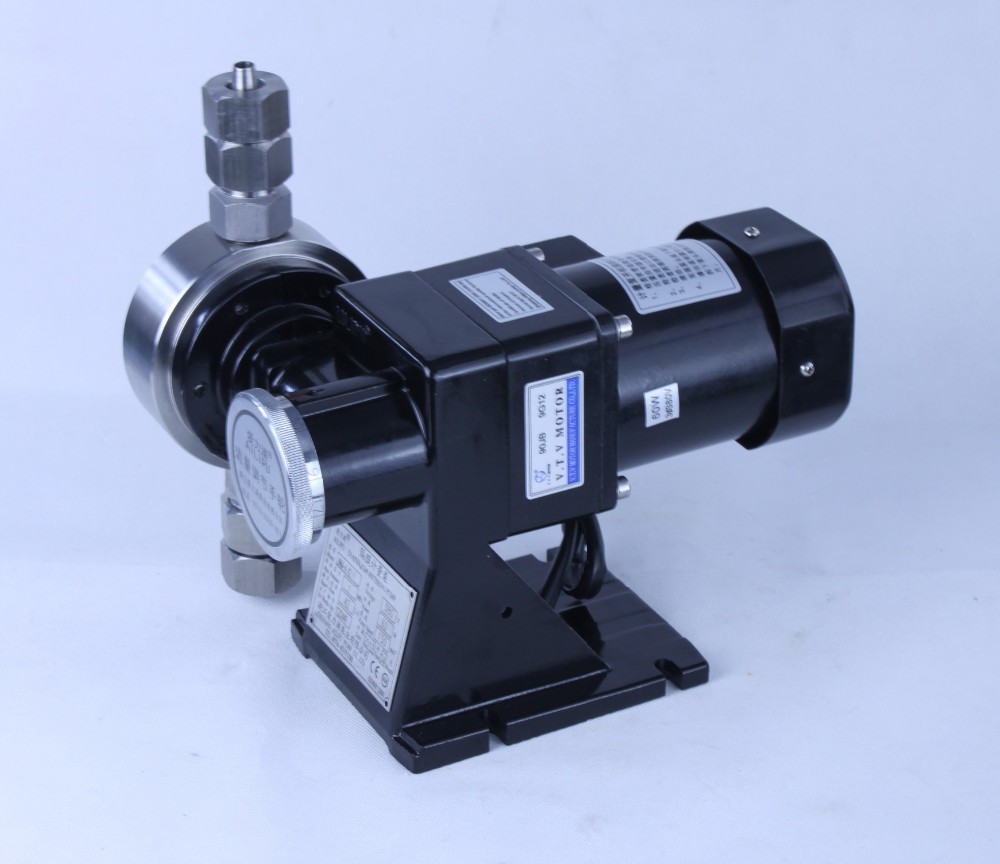 Mechanical diaphragm dosing pump